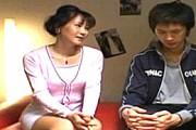 清楚な熟女母がアニメ声で息子を誘って近親相姦エッチで鳴きまくり!赤坂ルナ