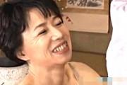 清楚な五十路熟女母が息子の前で自慰アクメして息子をフェラ抜き!田端陽子
