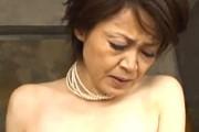 「もっと突いて〜」清楚で小柄な還暦熟女が卑猥なおねだりをしてガン突きされ可愛い声で鳴きまくり!高田典子