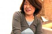 ナンパした五十路熟女のエロ顔人妻さんが敏感体質でアヘ顔絶叫中出しエッチ!