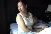 五十路熟女の母親が息子と心中の旅で激ピストンされ汗だくで人生最後のオーガズム!椿美羚0
