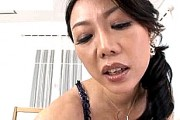 「溶けちゃう〜」妖艶な叔母は甥をフェラ抜きしてデカマラで突かれ痙攣中出しアクメ!川口凛子