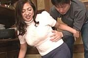 豊満ムチムチの五十路熟女が若いマラで汗だくになって絶叫アヘ顔イキまくり!大川直子