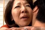 ピンク乳首の還暦熟女が出会い系で見つけた若いセフレと自宅不倫でアヘアヘ!小田原信子