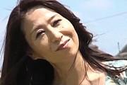 発情したエロ顔熟女が息子と温泉旅行で汗だく中出し近親相姦!高垣美和子0