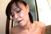 細身の体にデカい黒乳首がエロい五十路熟女!松島翔子