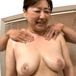 初撮りで連続激ピストンされ失神寸前の垂れ巨乳の還暦熟女!内田典子
