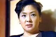 エロケバい熟女は初老の夫に隠れ義理息子とアヘアヘ!松田優子