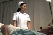 五十路熟女ナースが深夜の病室で若い患者に突かれアヘアヘ