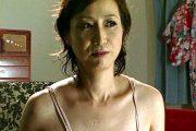 旦那以外の男とセックスしたい肉食に目覚めた人妻!湯川美智子