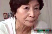 上品な七十路熟女のお婆ちゃんが孫をフェラ抜き!美月よしの