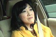 黒乳首の豊満熟女が息子と温泉旅行で中出しハメ撮り!宮田鈴子