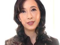 上品な五十路熟女が初撮り恒例の高速ピストンで連続オーガズム!園田ユキ・服部圭子