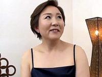 相互オナニー鑑賞で絶叫するポッチャリ五十路熟女!椎名理恵子・小原たか子