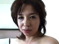 何度もオーガズムを味わった美魔女の素顔!松嶋友里恵・神崎久美