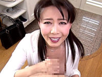 美熟女の生保レディが男性客を淫語責めで中出し枕営業!三浦恵理子