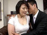 「アナタごめんなさい〜」夫の前で絶倫上司に寝取られ鳴きまくるポッチャリ年上女房!円城ひとみ