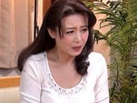 矯正下着姿でチンポをねじ込まれ強制的にイカされまくる美魔女義母!三浦恵理子