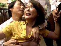 黒乳首の美熟女が息子の同級生に凌辱され連続顔射で泣き叫ぶ!栗野葉子