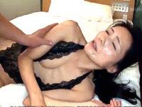 「精子ほしい〜」20年セックスレスの上品な五十路熟女が連続顔射されながらエッチ!麻生まり