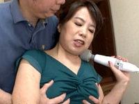 黒乳首の五十路熟女が大学生の巨根ファックでオーガズム!福井咲子