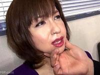 世間知らずのセレブ美魔女が若い男に騙され3P中出し凌辱!神崎久美