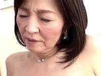 還暦熟女の母親が夫の帰りを待ちきれず息子に抱かれ中出しエッチ!杉本秀美
