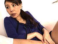 デカ乳輪の真っ黒乳首が卑猥な五十路熟女はチンポなしでは生きられない絶倫女!牧野紗代