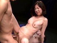 「癖になる〜」美熟女が初めての2穴同時挿入3Pでアヘアヘ!青山愛