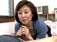 成長した息子のペニスに興奮したポッチャリ母が近親相姦エッチでアヘ顔大絶叫!柳田和美