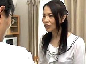 嫌っていた夫の上司にデカチンで突かれ快楽堕ちする人妻達!井上綾子・宮前幸恵