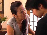 息子の彼女に嫉妬した母親が息子を押し倒し近親相姦エッチ「お父さんより全然上手よ〜」浅野静香