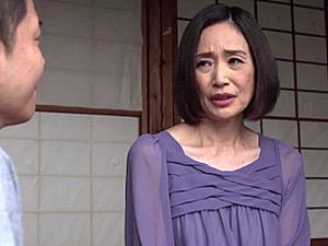 上品な五十路母が夫を裏切り息子と中出し近親相姦!橋本美和子