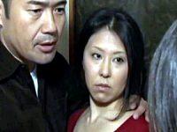 デカ乳輪巨乳の変態母が彼氏に娘を紹介して濃厚な親子丼3P!菊川麻里