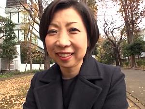 SM好きのショートカット五十路おばさんがハメ撮り中出しエッチ!倉田江里子
