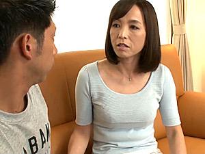 娘夫婦のケンカを仲裁していた五十路義母が娘婿を横取り!中出し不貞を繰り返す!及川里香子