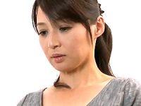 旦那の友人に本気で恋した美魔女人妻のマジ泣きセックス!安野由美