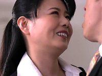 転職先の女上司に勤務中ずっと弄ばれ続ける新人男性社員!三浦恵理子