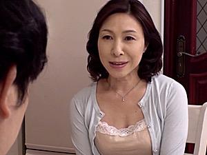 「もうダメ〜壊れちゃうよ〜」娘婿に夜這いされ連続二回戦の激しいセックスで泣かされまくる義母!香田美子