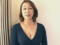 超タレ乳のエロケバい還暦熟女が童貞3人を中出し筆下ろし!青井マリ