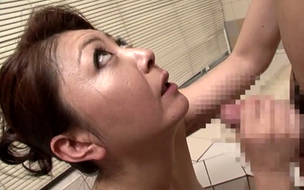卑猥なデカ乳輪の巨乳母が息子で巨根で膣奥を突かれ噴水潮吹き絶頂!紫彩乃
