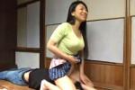 妖艶な巨乳寮母が若い男子生徒にお仕置きの顔面騎乗でオーガズム!青山真希