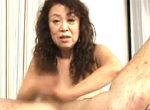 ケバい厚化粧の71歳高齢熟女はチングリ返して手コキにフェラ責め!帝塚真織[ショート動画]