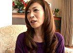 大学生のセフレと自宅不倫する茶髪巻き髪のエロケバい五十路熟女!澄川凌子