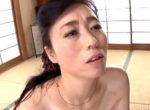 小顔でスレンダーな美人義母が娘の旦那に堕とされ中出し痙攣!岡田智恵子