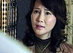 逆痴漢するセレブな美熟女が中年オヤジを誘いラブホで即パコ!赤坂ルナ