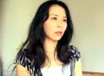 細身美熟女が玄関で若い営業マンに高速ピストンされオーガズム!井上綾子